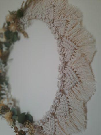 couronne macramé beige fleurs séchées détail macramé