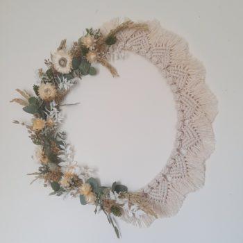 couronne moitié macramé beige naturel moitié fleurs séchées