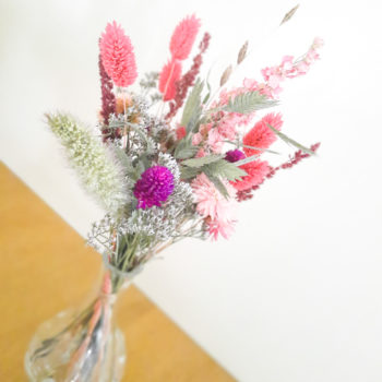 Ros'Arum bouquet fleurs séchées et vase tons roses